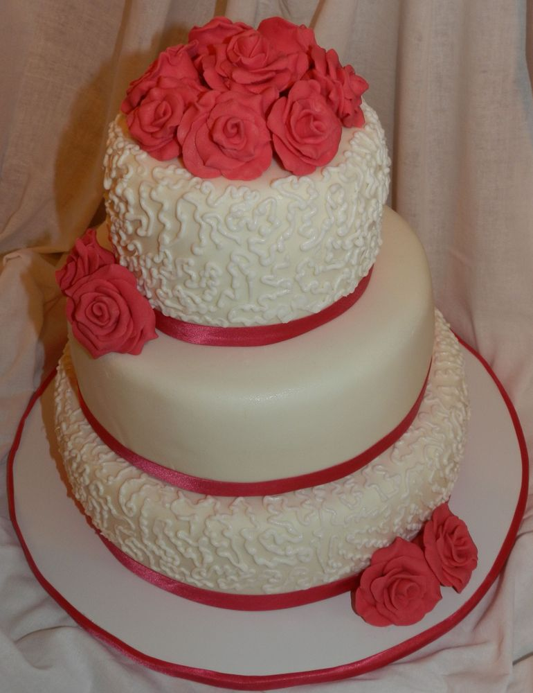 Трехярусные торты из мастики фото